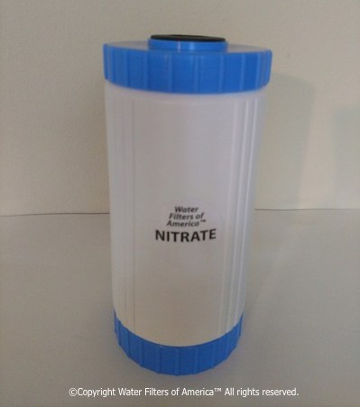 Nitrate water filter cartridge for nitrate removal